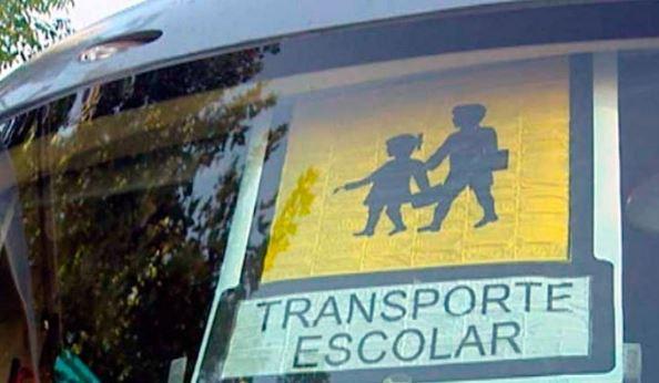 Señal autobus escolar en España