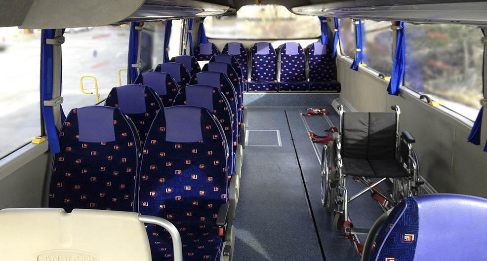 Interior minibus adaptado